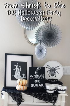 Shriek to Chic Halloween Party Decor - free printables, easy decor ideas from TheGirlInspired.com #DIY4Halloween