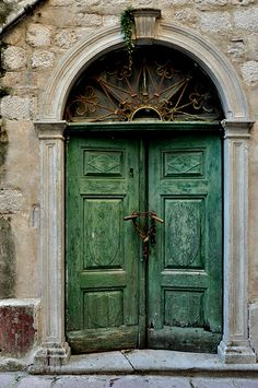 Beautiful Doors with Rustic Style | Home on the Range