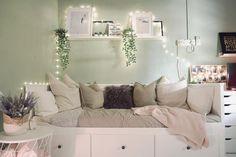 Pink Bedroom Design, Girl Bedroom Designs, Daybed Room, Dorm Room Designs, Cute Bedroom Ideas, Apartment Bedroom Decor, Inspire Me Home Decor, Cozy Room, Aesthetic Bedroom
