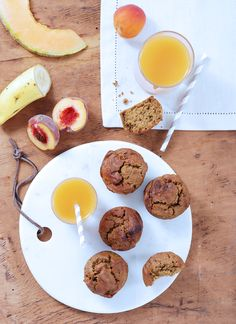 Summer juice and fruit pulp muffins - Jus de fruits jaunes et muffins à la pulpe - Geraldine Olivo & Myriam Gauthier-Moreau