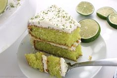 Easy Lime Cake with Cream Cheese Frosting is so simple and tastes amazing. Amazing and flavorful cake. Lemon Desserts, Lemon Recipes, Fruit Recipes, Sweet Recipes, Cake Recipes, Cooking Recipes, Lime Cake Recipe, Key Lime Cake, Coconut Pound Cakes
