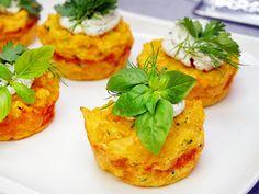 Schnelles Abendessen, Brunch-Happen oder Partysnack - herzhafte Couscous-Muffins sind vielseitig und ganz einfach gemacht.