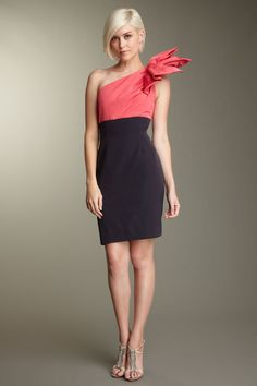 Vintage Carolina Herrera shoulder dress. That bow is crazy and I love it! #dress #vintage #pink