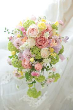 シャワーブーケ 幸せ色 アンジェロコート様へ : 一会 ウエディングの花