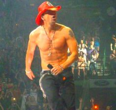 Donnie Wahlberg...oh yes I remember