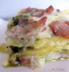 Lasagne con pesto, pancetta e besciamella