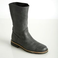 Roots roll over boots - tribe leather! Leather Roll, Leather Boots, Leather Bag, Old Boots, Shoe Boots, Shoes, City Style, Chelsea Boots, Riding Boots