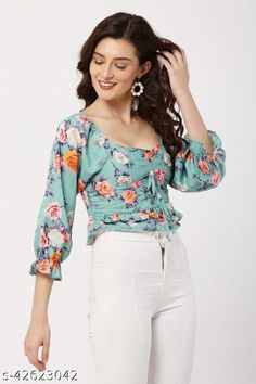 Travel Clothes Women, Plain Tops, Elegant Woman, Western Wear, Everyday Look, Floral Tops, Tunic Tops, Fashion, Moda