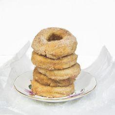 Baked Cinnamon Vanilla Donuts (plus DIY donut pan)
