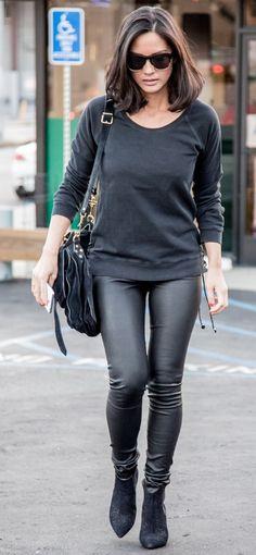 Black chic. Street style. Olivia.
