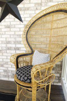 Peacock Chair, Fan Chair, Black Border On Chair