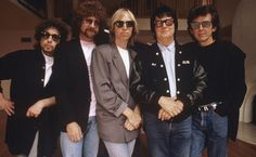The Traveling Wilburys. RIP Tom Petty (1988) http://ift.tt/2xOBbNW