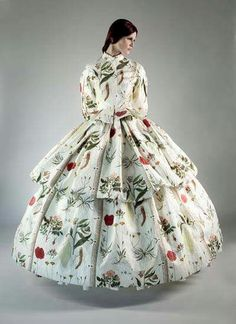 Dress with floral motives - 1860