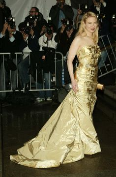 """Renée Zellweger - Carolina Herrera, """"Dangerous Liaisons: Fashion and Furniture in the 18th Century,"""" 2004 The gilded dress made for a true movie-star arrival."""