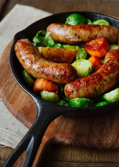 Roasted Chicken Sausages with Brussels Sprouts, Fennel and Potatoes | Kitchen Confidante