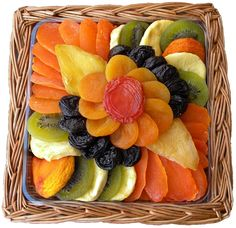 If you want to buy dry fruits online, then you can contact the Sale Bhai. We are specialized in food varieties. Moreover, we are committed to delivering pure quality and quantity products that you will never forget. Dry Fruit Tray, Dried Fruit, Fresh Fruit, Fruit Food, Fruit Plate, Dry Fruits Online, Fruit Sec, Recipes Using Fruit, Fruit Gifts