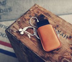 There is something so great about classic brown leather accessories - Uncovet.com