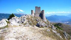 Rocca Calascio, in Abruzzo. Uno dei Borghi più belli d'Italia