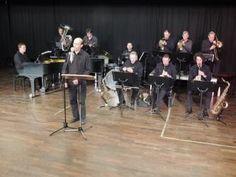 Das kleine Orchester brilliert mit Schlagern und Gassenhauern der 1920-1930er Jahre im Kölschen Dialekt