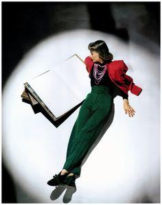 John Rawlings, Vogue  jan 1943 Condé Nast Archive