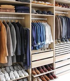 Still the best closet we've seen. @thepacman82 Tag someone who is this organized