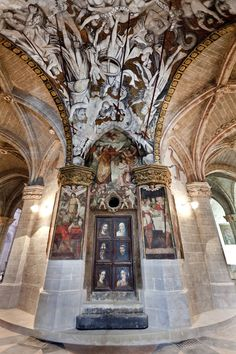 Cathedral of Saint Mary of Huerta in Tarazona(Zaragosa, Spain) Castle Ruins, Medieval Castle, Church Interior, Kirchen, Spain Travel, Places To Visit, Religious Architecture, Travelling, Mary