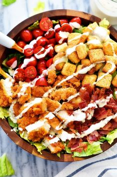 Crispy Chicken BLT Salad is loaded with chicken tenders, lots of chopped bacon, cherry tomatoes and croutons over a bed of romaine lettuce. Serve it with your favorite dressing for one amazing salad! Blt Recipes, Chicken Recipes, Dinner Recipes, Cooking Recipes, Healthy Recipes, Budget Recipes, Healthy Foods, Healthy Eating, Sandwich Recipes