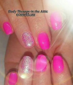 Sparkling Tropical Craze #magpieglitter #angel #inspiration #gelllmanicure #gelnails #healthynails #tropicalcraze #summer #nailart #naturalnails #nailledit #nailsagram @gel_two @magpie_beauty @scratchmagazine @nailsmagazine