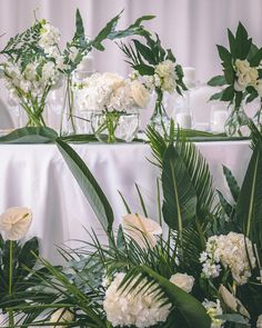 An Exotic Affair with an Elegant touch Flower Centerpieces, Flower Decorations, Table Decorations, Table Flowers, Big Flowers, Exotic Wedding, Flower Installation, Table Set Up, Event Decor