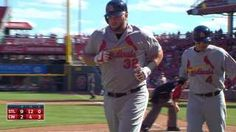 STL@CIN: Cards push across five to extend lead in 8th... 09-13-15