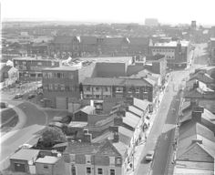 *Tray - Town Hall at top John* MCL/4/10 Black and white aerial photograph showing Westfield Street, St.Helens, 1985. MCL - Clare Collection 4 - Black and white photographs taken from Beecham's Tower, St.Helens