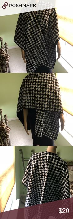 Woolrich Wrap Shawl Woolrich Wrap Shawl - Black and White Houndstooth - One size fits all Woolrich Accessories Scarves & Wraps