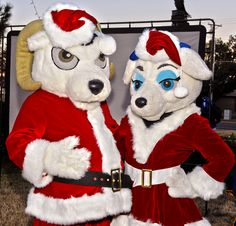 Roscoe and Bella dress up in the holiday spirit for the Annual Tree Lighting at Angelo State University!