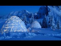 Try a night or two as an Eskimo at the Iglu Dorf Hotel in Switzerland. Unique Hotels, Beautiful Hotels, Best Hotels, Amazing Hotels, Beautiful Places, Un Igloo, Igloo Village, Travel Around The World, Around The Worlds