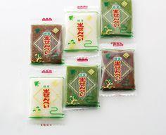 生せんべい 総本家田中屋 I might eat this (I think) if I knew what it was #packaging : ) PD