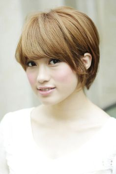 Back of the head and bangs to Anyone seeking volume to the back of the head and short Bob / bangs ☆ beautiful silhouette to Anyone seeking volume Short Bob ☆ beautiful silhouette | Hair Styles | [beauty salon in Omotesando] AFLOAT Xel-Ha / Afloat Xel-Ha [Tokyo Minato-ku]