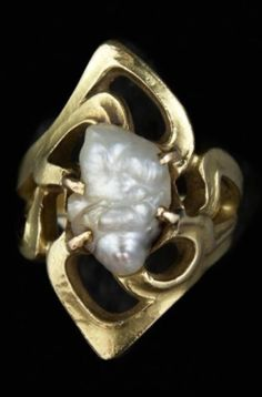 An Art Nouveau yellow gold and baroque pearl ring. Designed in the manner of Colonna. Unsigned. #ArtNouveau #ring