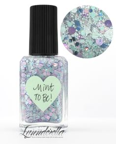 Lynnderella Limited Edition—Mint to Be! contains assorted mint and pink glitters in a mint- and pink-shimmered base.