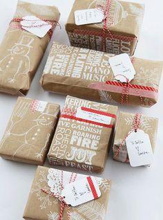 クラフト紙で包む♪お洒落なクリスマスラッピングのアイデア