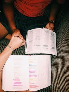 i want this kind of relationship w/ my future husband :) Godly Relationship, Relationship Goals Pictures, Christian Relationships, Cute Relationships, Distance Relationships, Boyfriend Goals, Future Boyfriend, Boyfriend Texts, Boyfriend Quotes