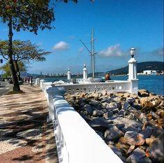 Muretas da Ponta da Praia.