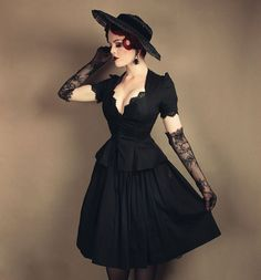 Pinup Girl Clothing Laura Byrnes California Lilith Top in Black Goth Victorian Goth Gothgirl Classicgoth Vintagegoth Gothbabes Gloves Hat Vintage Vintagestyle Redhead Gothabilly