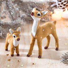 Biches de Noël. Collection Blancheporte Noël.