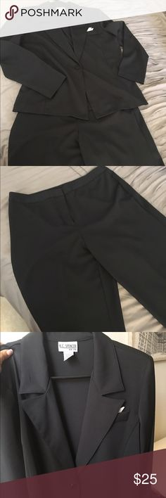 Navy Pant Suit Size 12 in euc. Has a kerchief detail at breast pocket. Wonderful profession business attire. Power suit for the interview you have coming up!  Only have one chance to make a first impression. 💼🎀 📦fast shipper and 💯top rated seller, so buy with confidence👍🏽.  All reasonable offers 💰 considered just use the offer button 🔘   🚫No trades 🚫No PayPal. Happy Poshing ‼️🤓. kc spencer Pants