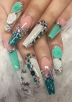 # Bling Coffin Nail Art Design with glitter and rhinestones - Diy Nail Designs Bling Acrylic Nails, Glam Nails, Best Acrylic Nails, Rhinestone Nails, Fancy Nails, Bling Nails, Gradient Nails, Cateye Nails, Coffin Nails