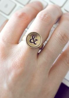 Ampersand typewriter ring