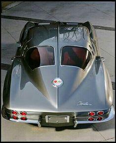 1963 Chevrolet Corvette split-window coupe - my ride - cars classic Us Cars, Sport Cars, Muscle Cars Vintage, Model Auto, Carros Audi, Vw Vintage, Chevrolet Corvette Stingray, Retro Cars, Amazing Cars