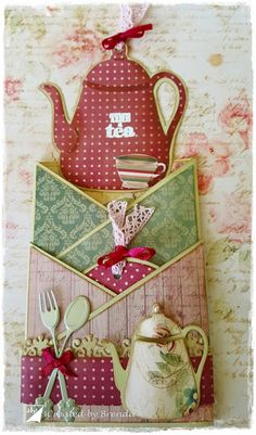 When planning to have a wedding or special event at home, the last thing you want is to spend a lot of money on an invitation that is not customized. Fancy Fold Cards, Folded Cards, Ideas Sorpresa, Cascading Card, Card Making Tips, Coffee Cards, Atc Cards, Pocket Cards, Artist Trading Cards