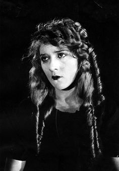 Mary Pickford as The Little Princess, 1917