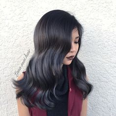 Silver blue !  She killed it !👊 Formular: 6.1 @fanolausa + 7sm + 1inch blue mix from @kenraprofessional  #grayhair #steelblue #hairsandstyles #silverbalayage #vancouver #asiangirl #vanity #bluemetallichair #greyhair #bluehair #tophairstylist #beauty #beautiful #guytanginspire #behindthechair #stylistshopconnect #stylistsupportstylist #imallaboutdahair #inspration #followme #guytanghair #longhair #metallic #metallicsilver#kenracolour#metallicsilver #silverhair #guytang#inspration…